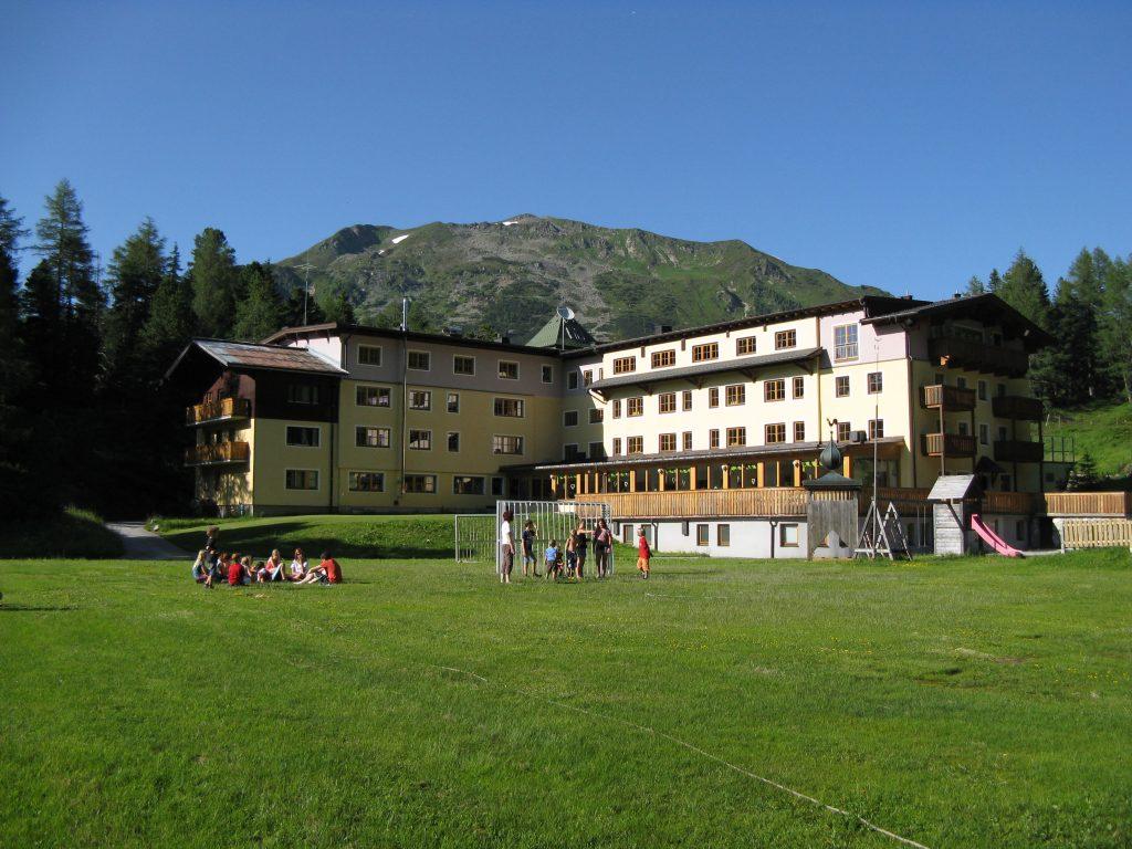 young austria Tauernhof Obertauern 9