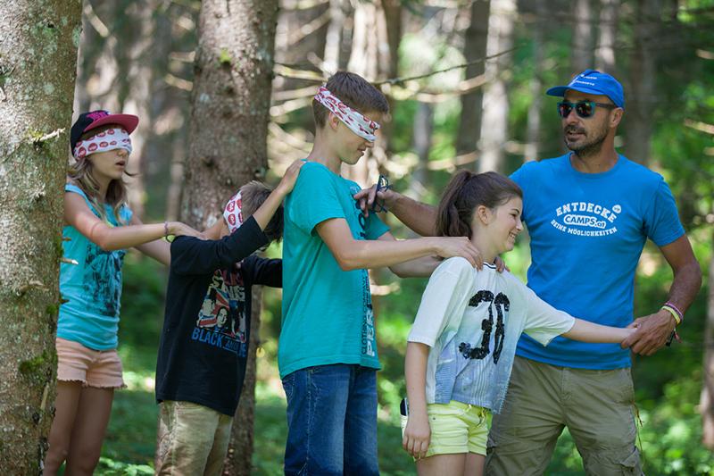 schuler outdooraktivitat klassenfahrt